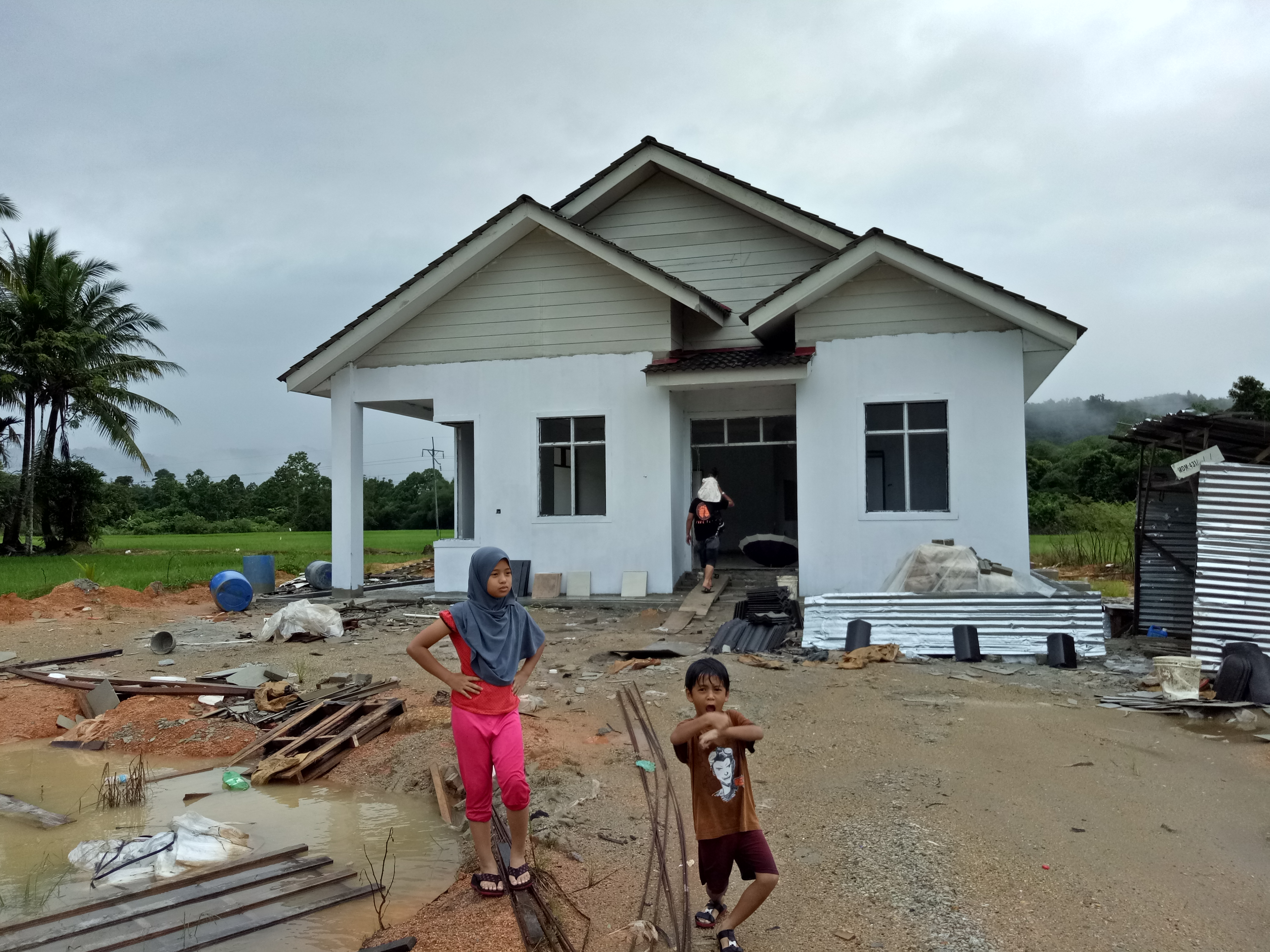 Rumah Baru Untuk Sewa Depan UiTM Machang