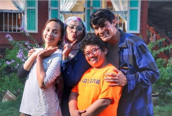 Fenomena Drama Kampung People, Yang Jarang Tengok Drama Melayu Pun Layan